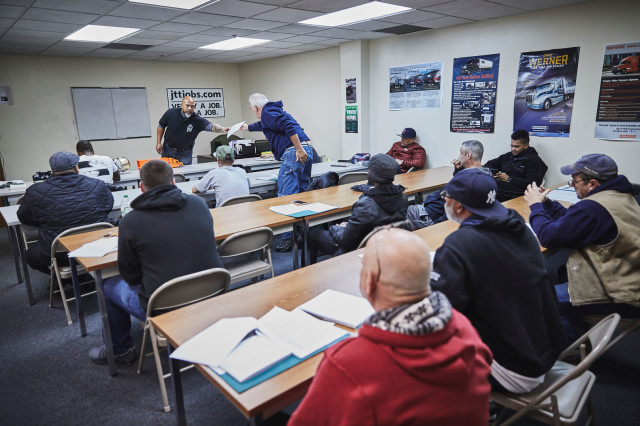 Jersey Tractor Trailer Training - 53